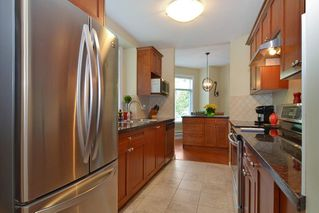 "Photo 6: 33 8655 159 Street in Surrey: Fleetwood Tynehead Townhouse for sale in ""Springfield Court"" : MLS®# R2273968"