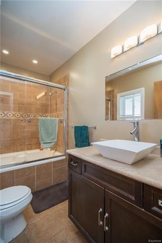 Photo 12: 409 Royal Avenue in Winnipeg: West Kildonan Residential for sale (4D)  : MLS®# 1818554