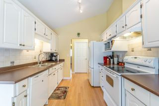 """Photo 7: 61 5216 201A Street in Langley: Langley City Townhouse for sale in """"MEADOWVIEW ESTATES"""" : MLS®# R2300579"""