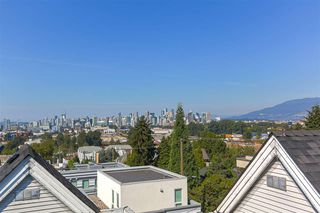 "Photo 12: 303 1433 E 1ST Avenue in Vancouver: Grandview VE Condo for sale in ""Grandview Gardens"" (Vancouver East)  : MLS®# R2303411"