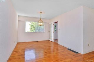 Photo 9: 3012 Wishart Road in VICTORIA: Co Wishart North Single Family Detached for sale (Colwood)  : MLS®# 399695
