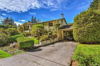 Photo 2: 3012 Wishart Road in VICTORIA: Co Wishart North Single Family Detached for sale (Colwood)  : MLS®# 399695