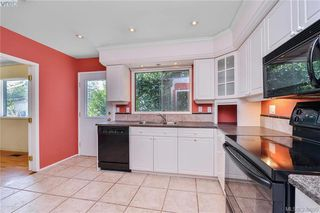 Photo 10: 3012 Wishart Road in VICTORIA: Co Wishart North Single Family Detached for sale (Colwood)  : MLS®# 399695