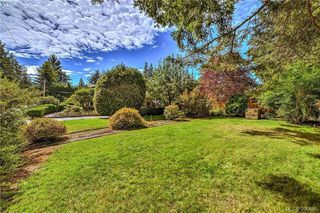 Photo 4: 3012 Wishart Road in VICTORIA: Co Wishart North Single Family Detached for sale (Colwood)  : MLS®# 399695