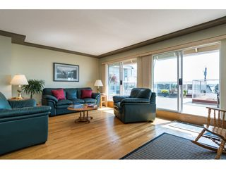 "Photo 4: 15124 BUENA VISTA Avenue: White Rock House for sale in ""Hillside"" (South Surrey White Rock)  : MLS®# R2316600"