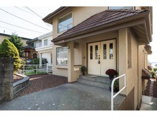 "Photo 2: 15124 BUENA VISTA Avenue: White Rock House for sale in ""Hillside"" (South Surrey White Rock)  : MLS®# R2316600"