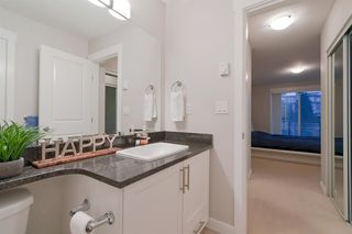 """Photo 13: 207 11580 223 Street in Maple Ridge: West Central Condo for sale in """"RIVERS EDGE"""" : MLS®# R2325382"""