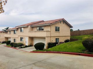 Photo 1: VISTA Townhome for sale : 3 bedrooms : 1424 Janis Lynn Ln
