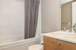 "Photo 11: 3203 9981 WHALLEY Boulevard in Surrey: Whalley Condo for sale in ""PARK PLACE II"" (North Surrey)  : MLS®# R2327645"