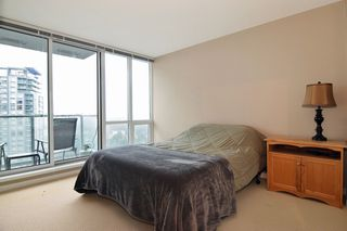 "Photo 7: 3203 9981 WHALLEY Boulevard in Surrey: Whalley Condo for sale in ""PARK PLACE II"" (North Surrey)  : MLS®# R2327645"