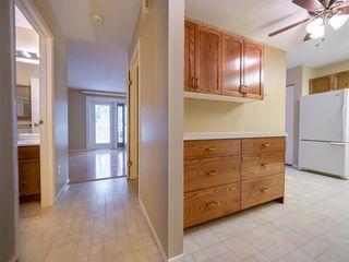 Photo 3: 1552 54 Street in Edmonton: Zone 29 Townhouse for sale : MLS®# E4140616
