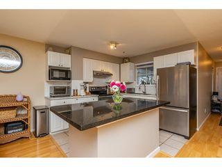 "Photo 4: 55 9036 208 Street in Langley: Walnut Grove Townhouse for sale in ""Hunter's Glen"" : MLS®# R2333602"