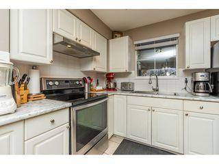 "Photo 5: 55 9036 208 Street in Langley: Walnut Grove Townhouse for sale in ""Hunter's Glen"" : MLS®# R2333602"