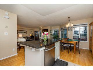 "Photo 7: 55 9036 208 Street in Langley: Walnut Grove Townhouse for sale in ""Hunter's Glen"" : MLS®# R2333602"