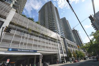 "Main Photo: 2708 892 CARNARVON Street in New Westminster: Downtown NW Condo for sale in ""Plaza 88 Azure II"" : MLS®# R2339210"