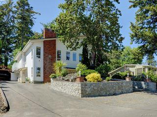Photo 17: 62 View Royal Avenue in VICTORIA: VR View Royal Single Family Detached for sale (View Royal)  : MLS®# 406168