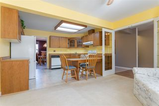 """Photo 3: 37 21848 50 Avenue in Langley: Murrayville Townhouse for sale in """"Cedar Crest"""" : MLS®# R2350873"""
