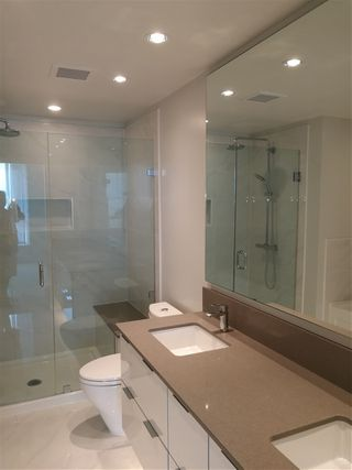 """Photo 3: 2005 6638 DUNBLANE Avenue in Burnaby: Metrotown Condo for sale in """"MIDORI"""" (Burnaby South)  : MLS®# R2355328"""