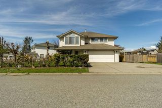 Photo 1: 31355 CONAIR Avenue in Abbotsford: Abbotsford West House for sale : MLS®# R2355680
