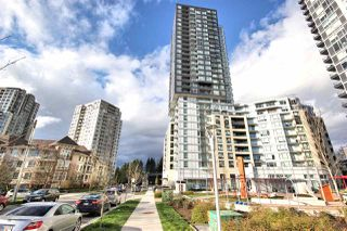 "Main Photo: 318 5470 ORMIDALE Street in Vancouver: Collingwood VE Condo for sale in ""WALL CENTRE CENTRAL PARK TOWER 3"" (Vancouver East)  : MLS®# R2357815"