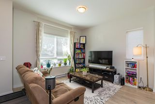 "Photo 4: 17 14555 68 Avenue in Surrey: East Newton Townhouse for sale in ""SYNC"" : MLS®# R2359622"