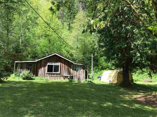 Main Photo: 555 IVERSON Road: Columbia Valley House for sale (Cultus Lake)  : MLS®# R2363757