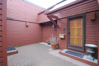 Photo 27: 24 500 LESSARD Drive in Edmonton: Zone 20 Townhouse for sale : MLS®# E4155694