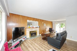 "Main Photo: 2200 NO. 4 Road in Richmond: Bridgeport RI House for sale in ""London Gate"" : MLS®# R2367683"