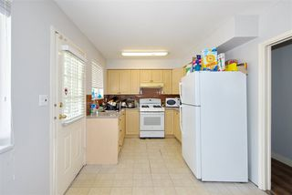 "Photo 9: 2200 NO. 4 Road in Richmond: Bridgeport RI House for sale in ""London Gate"" : MLS®# R2367683"