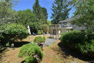 Photo 25: 3734 Epsom Drive in VICTORIA: SE Cedar Hill Single Family Detached for sale (Saanich East)  : MLS®# 412117