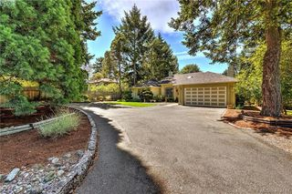 Photo 30: 3734 Epsom Dr in VICTORIA: SE Cedar Hill House for sale (Saanich East)  : MLS®# 817100