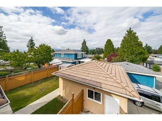 Photo 20: 7522 1ST Street in Burnaby: East Burnaby House 1/2 Duplex for sale (Burnaby East)  : MLS®# R2381527