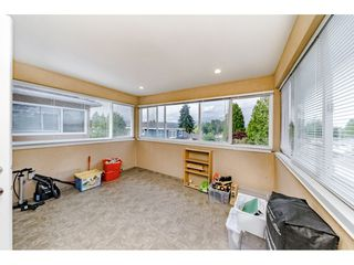 Photo 15: 7522 1ST Street in Burnaby: East Burnaby House 1/2 Duplex for sale (Burnaby East)  : MLS®# R2381527