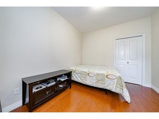 Photo 11: 7522 1ST Street in Burnaby: East Burnaby House 1/2 Duplex for sale (Burnaby East)  : MLS®# R2381527
