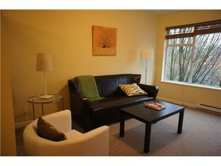 Photo 4: 303 663 GORE Ave in Vancouver East: Home for sale : MLS®# V980948