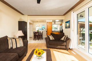 Photo 2: 10313 165 Street in Edmonton: Zone 21 House for sale : MLS®# E4172810