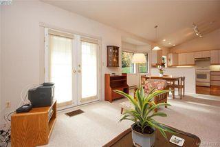 Photo 13: 3357 University Woods in VICTORIA: OB Henderson Single Family Detached for sale (Oak Bay)  : MLS®# 417275