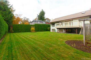 Photo 30: 3357 University Woods in VICTORIA: OB Henderson Single Family Detached for sale (Oak Bay)  : MLS®# 417275