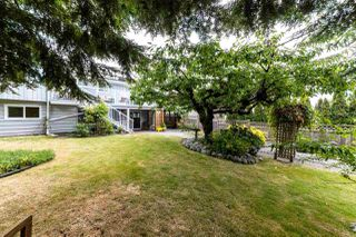 Photo 18: 1031 PARKER Street: White Rock House for sale (South Surrey White Rock)  : MLS®# R2488123