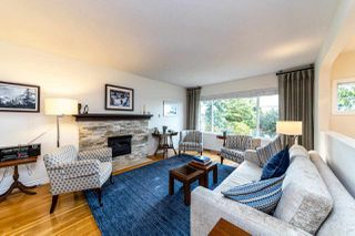 Photo 9: 1031 PARKER Street: White Rock House for sale (South Surrey White Rock)  : MLS®# R2488123