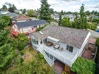 Photo 22: 1031 PARKER Street: White Rock House for sale (South Surrey White Rock)  : MLS®# R2488123