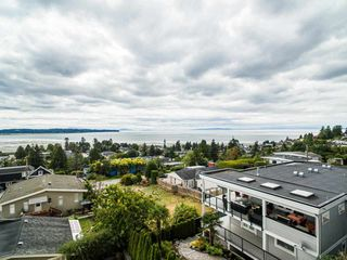 Photo 21: 1031 PARKER Street: White Rock House for sale (South Surrey White Rock)  : MLS®# R2488123