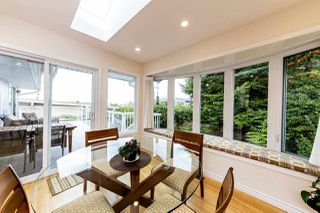Photo 3: 1031 PARKER Street: White Rock House for sale (South Surrey White Rock)  : MLS®# R2488123