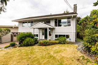 Photo 6: 1031 PARKER Street: White Rock House for sale (South Surrey White Rock)  : MLS®# R2488123