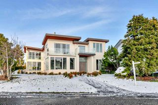 Photo 2: 14411 MANN PARK Crescent: White Rock House for sale (South Surrey White Rock)  : MLS®# R2524293