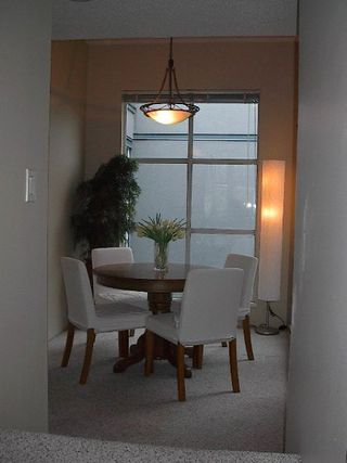 Photo 12: GORGEOUS TOWNHOUSE IN FAIRVIEW