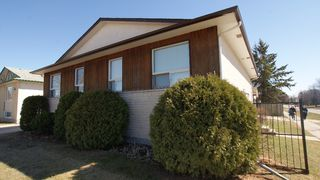 Photo 1: 1 Kayhans Drive in Winnipeg: North Kildonan Residential for sale (North East Winnipeg)  : MLS®# 1204916