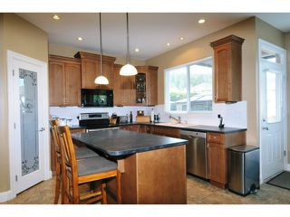 Photo 3: 3305 MCTAVISH Court in Coquitlam: Hockaday House for sale : MLS®# V1034380