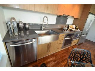 "Photo 5: # 710 251 E 7TH AV in Vancouver: Mount Pleasant VE Condo for sale in ""DISTRICT"" (Vancouver East)  : MLS®# V1037906"