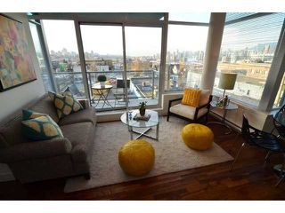 "Photo 2: # 710 251 E 7TH AV in Vancouver: Mount Pleasant VE Condo for sale in ""DISTRICT"" (Vancouver East)  : MLS®# V1037906"